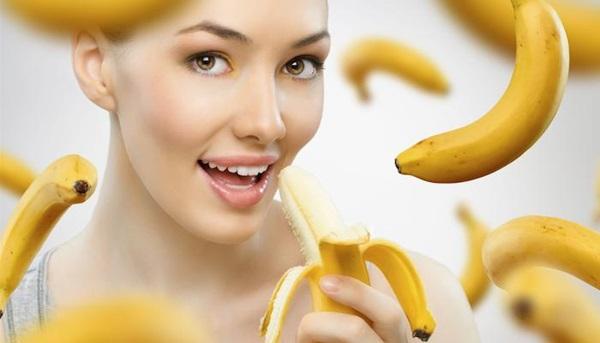 MẸO HAY: Tẩy trắng răng bằng vỏ chuối ngay tại nhà 1