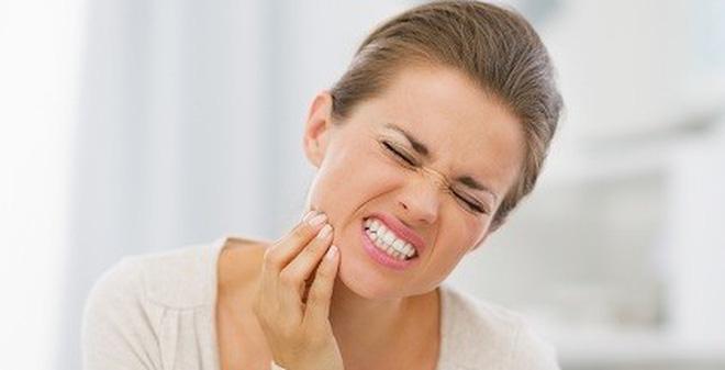 Mọc răng khôn nên ăn gì để bớt đau răng?