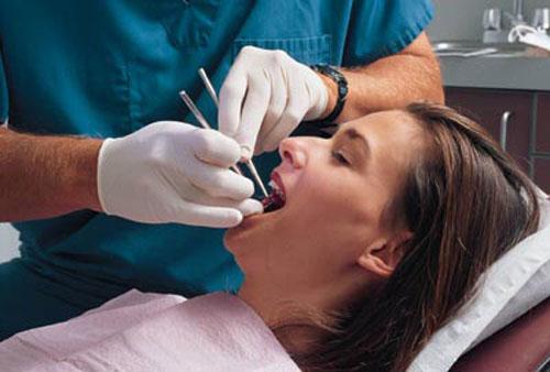 Nhổ hai răng khôn cùng lúc phụ thuộc vào sức khỏe của bệnh nhân