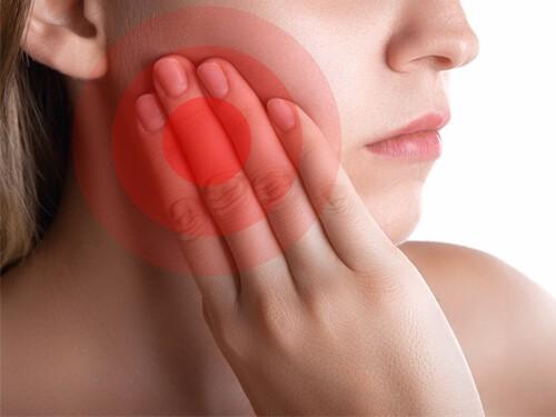 Dây thần kinh có thể bị tổn thương khi nhổ răng khôn