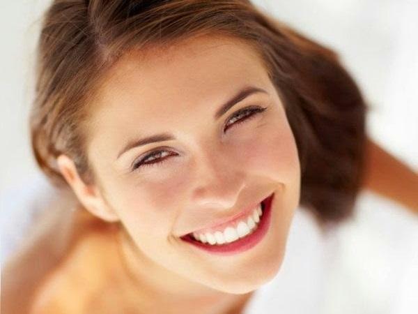 Cách làm trắng răng tại nhà nhanh nhất