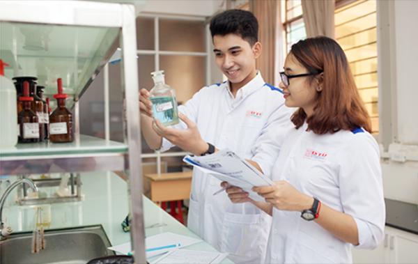 học ngành dược thi khối gì